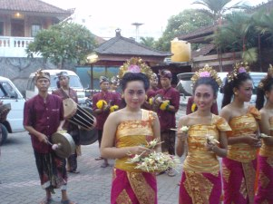 A Balinese welcome