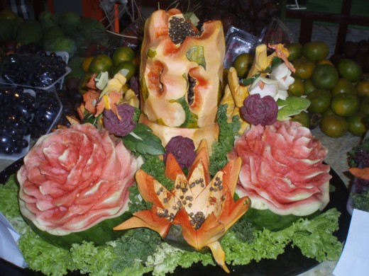 Spectacular fruit carving