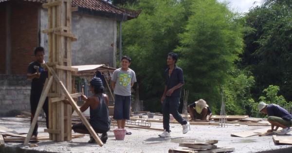 Building the upstairs pillars