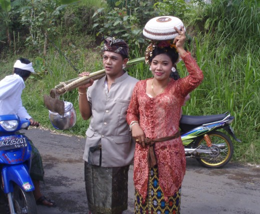 Ketut and Komang on their wedding day