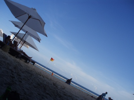 White sand, blue sky