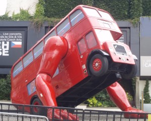 A bus - with arms!!!