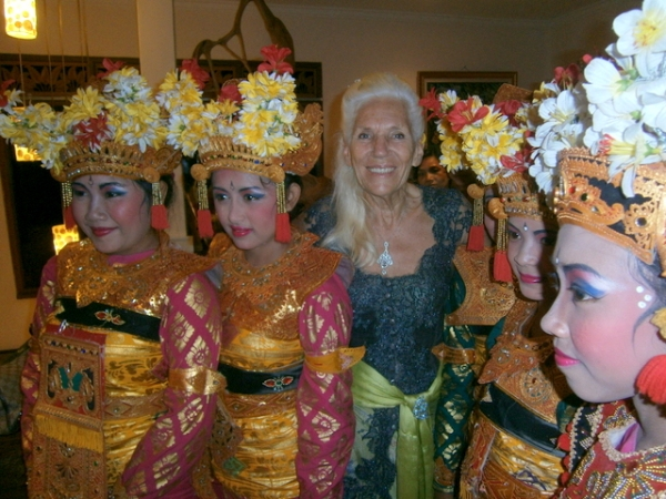 Surrounded by Balinese dancers