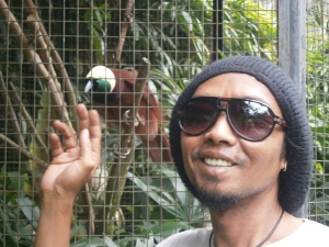 Yaniq with another Candra wasih bird
