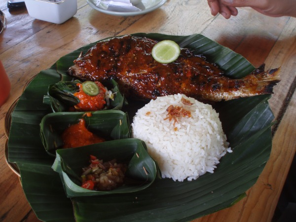 Fish served on a banana leaf