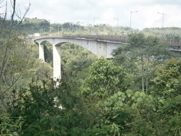 Highest bridge in S.E. Asia